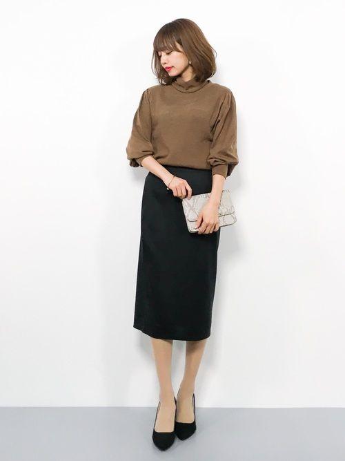 勤務初日の服装スカートorパンツ?1
